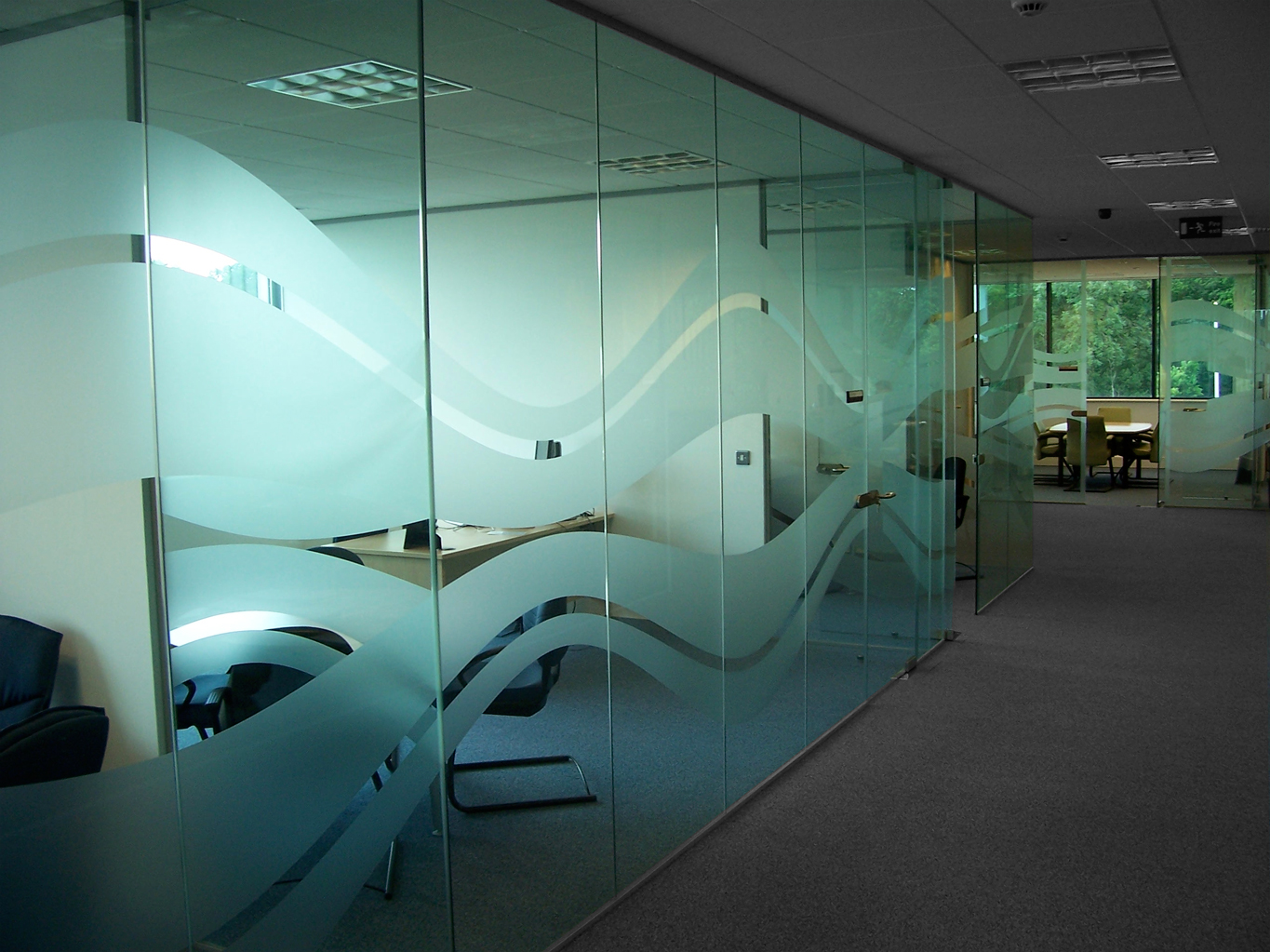 Glass Manifestation